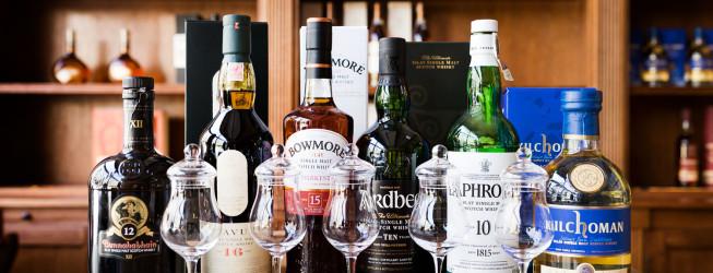 Alkohol na prezent – przykłady whisky i innych trunków, które robią wrażenie!