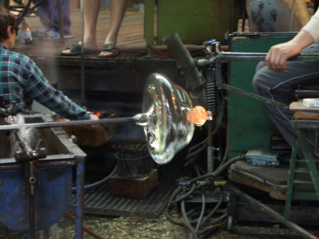 ręczna produkcja szkła