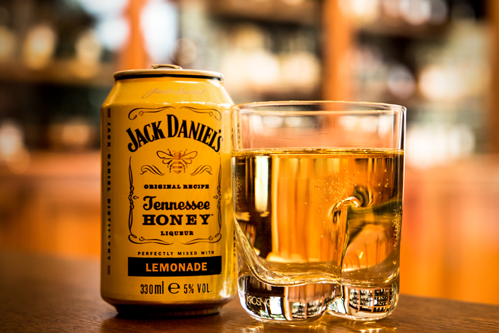 Jack Daniels Tennessee Honey Lemonade